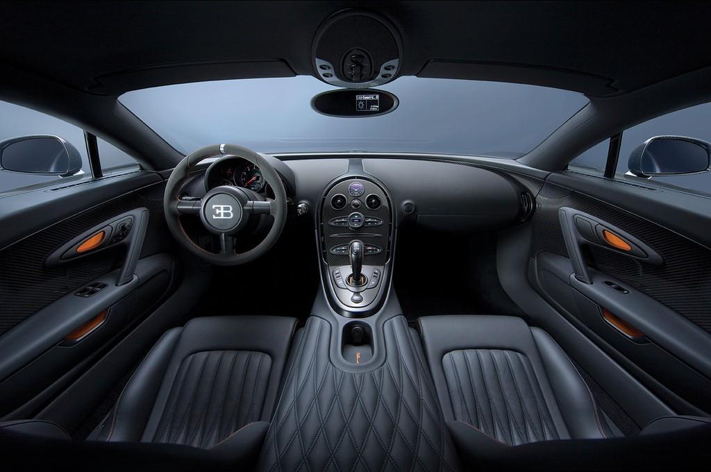 veyron-interior