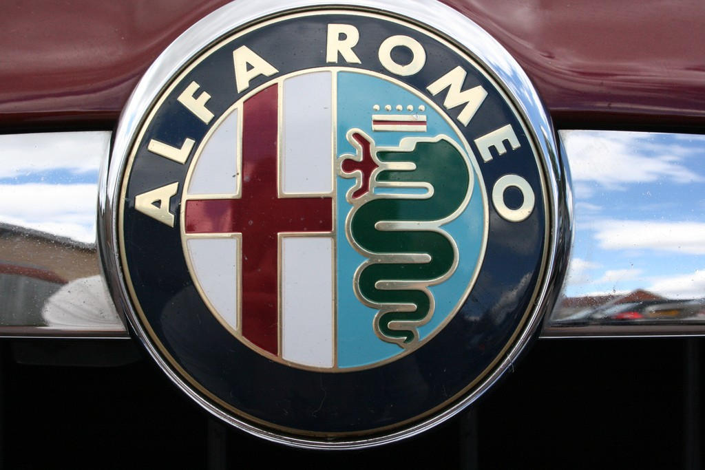 alfa-badge-Supermac1961